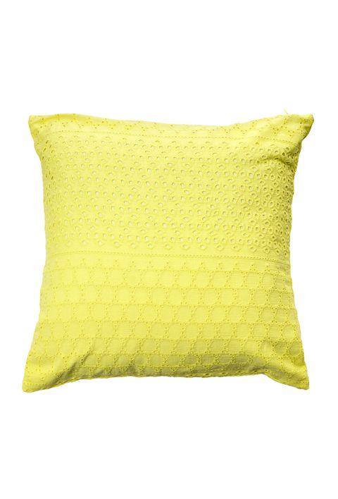 reserva-natural-casa-e-decoracao-almofada-amarela
